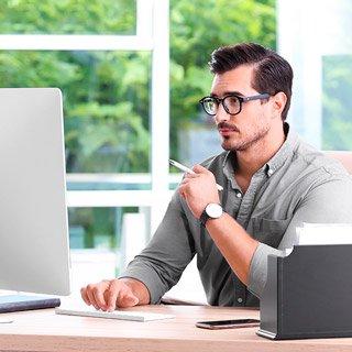 Causa de hemorroides: jornadas de oficina sentado